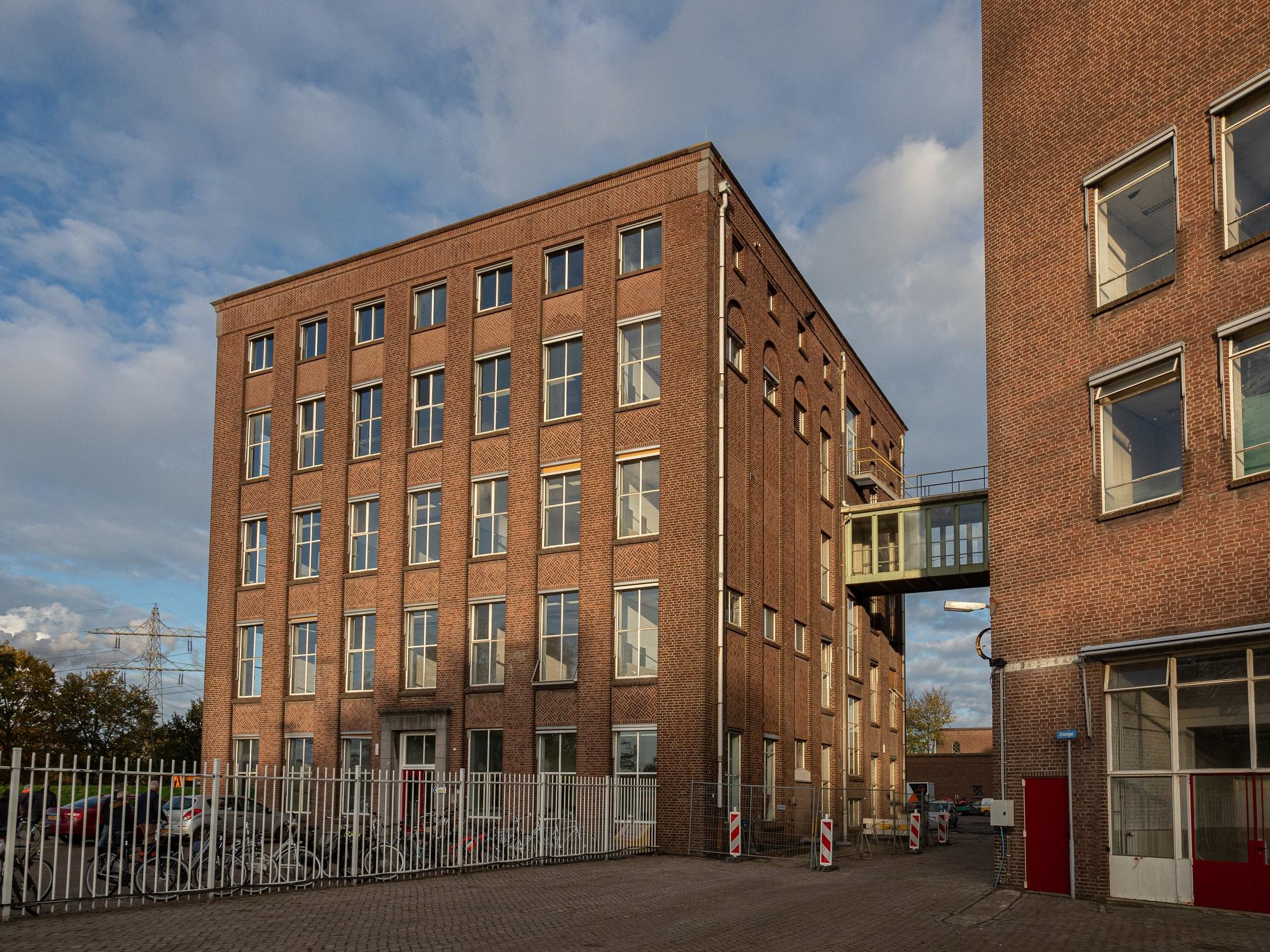 Kantoorgebouw Dongecentrale Geertruidenberg