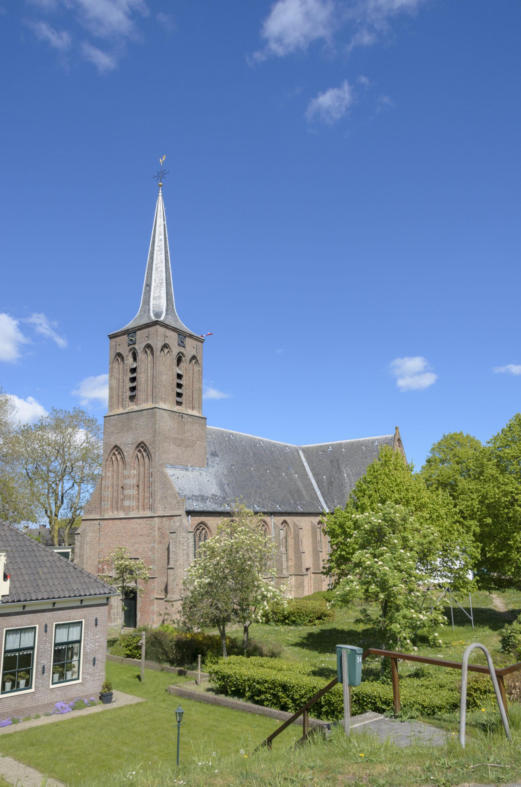 Nieuwe eigenaar gezocht voor Martinuskerk Schellinkhout