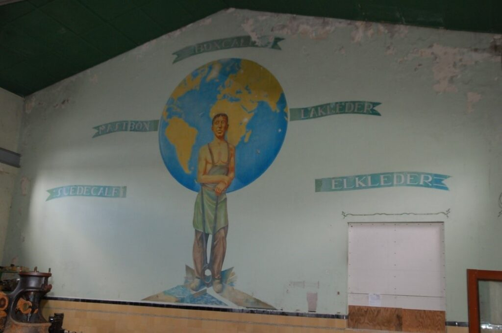 Wandschildering uit 1940. Foto: genomen in 2012, collectie BOEi